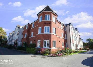 Thumbnail 1 bed flat for sale in Croft Road, Aylesbury, Buckinghamshire