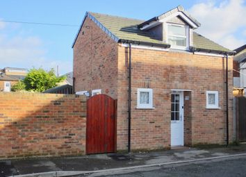 Thumbnail 1 bed detached house to rent in Kentish Road, Shirley, Southampton, Hampshire