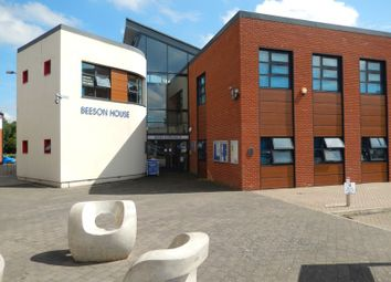 Thumbnail Office to let in Lintot Square, Southwater