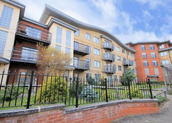 2 bed flat for sale in Quadrant Court, Jubilee Square, Reading RG1