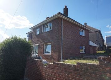 Thumbnail 4 bed detached house for sale in Cadets Walk, East Cowes