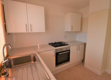 Thumbnail 2 bed flat to rent in Fairfield Avenue, Fareham