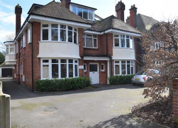2 bed flat to rent in Woodland Avenue, Southbourne, Bournemouth BH5