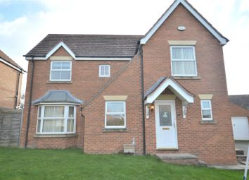 4 bed detached house to rent in The Oval, Wakefield, West Yorkshire WF1