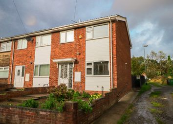 Thumbnail 3 bed town house for sale in Bottom Boat Road, Stanley, Wakefield