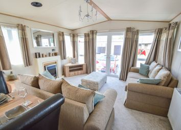 Thumbnail 2 bedroom mobile/park home for sale in Felixstowe Beach Holiday Park, Walton Avenue, Felixstowe, Suffolk