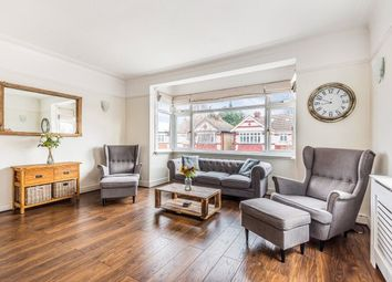 2 bed maisonette to rent in Lechmere Avenue, Woodford Green IG8