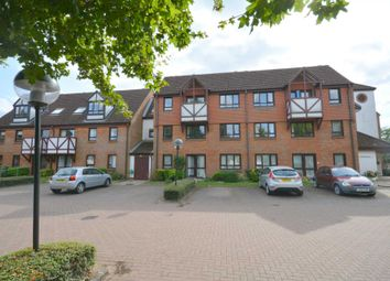 Thumbnail 1 bed flat for sale in King George V Road, Amersham