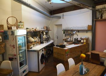 Thumbnail Restaurant/cafe for sale in Cafe & Sandwich Bars LS19, Rawdon, West Yorkshire
