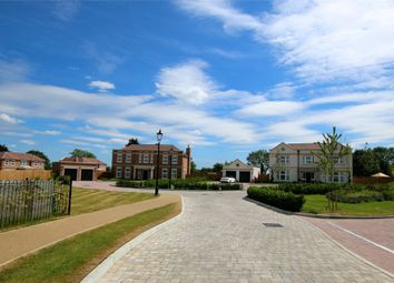 Thumbnail 5 bed detached house for sale in Halstead Hill, Goffs Oak, Hertfordshire