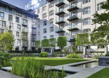 Thumbnail 2 bed flat for sale in Kingwood Gardens, Goodman's Field, Leman Street, Aldgate, London