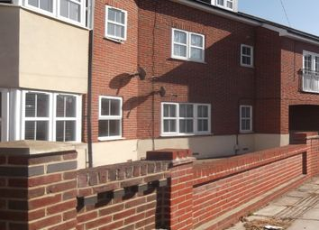 Thumbnail 2 bedroom flat to rent in Magdalan Road, Portsmouth Hampshire