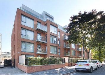 Thumbnail 2 bedroom flat to rent in Macaulay Road, Clapham, London