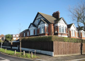 Thumbnail 1 bed flat to rent in Grove Crescent, London