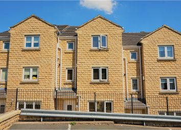 Thumbnail 4 bed town house for sale in Victoria Avenue, Sowerby Bridge