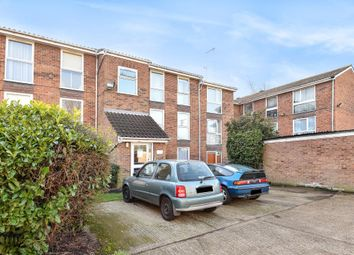 Thumbnail 2 bed flat for sale in Oakleigh Park, New Barnet