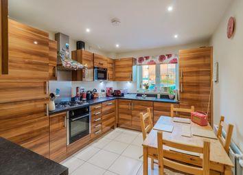 Thumbnail 2 bed flat for sale in Scott Road, Tonbridge