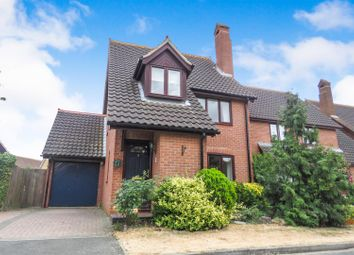 Thumbnail 3 bed detached house to rent in Avocet Close, Sandy
