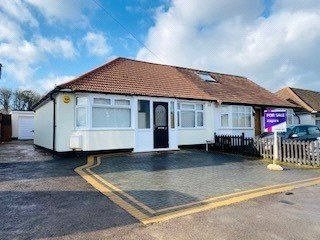 Thumbnail 2 bedroom bungalow for sale in Compton Place, Carpenders Park, Hertfordshire
