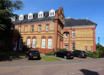 1 bed flat to rent in Penrose House, 16 Newsholme Drive, Winchmore Hill N21