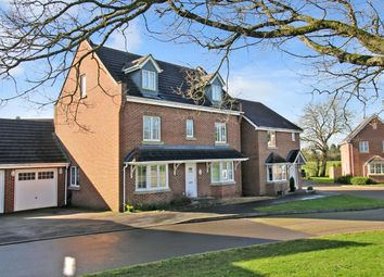 Thumbnail 5 bedroom detached house for sale in Pheasant Close, Four Marks, Hampshire
