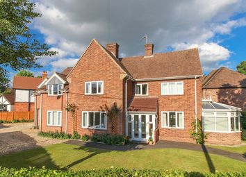 Thumbnail 4 bed detached house for sale in Winchester Gardens, Andover