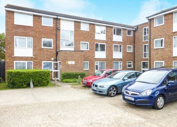 Thumbnail 2 bedroom flat for sale in Burns Drive, Hemel Hempstead