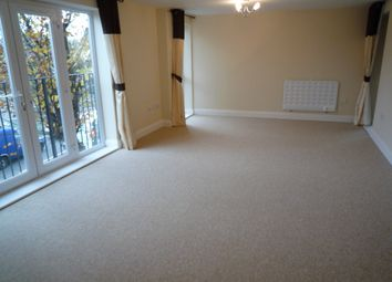 Thumbnail 2 bedroom flat to rent in Bastable House, Station Way, Crawley