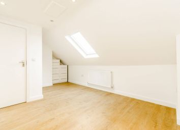 Thumbnail 4 bed flat to rent in Sylvester Road, East Finchley