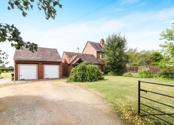 Thumbnail 3 bedroom cottage for sale in Broughton Hackett, Worcester