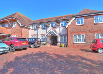 Southampton Hill, Titchfield, Fareham PO14. 2 bed detached house