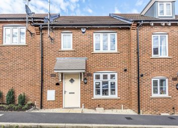 3 bed terraced house to rent in Chaundler Drive, Aylesbury HP19