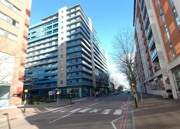 Thumbnail 1 bed flat to rent in Western Gateway, Royal Docks