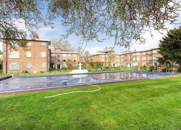 2 bed flat for sale in Bridge Road, East Molesey KT8