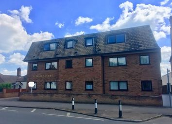 Thumbnail 2 bedroom flat to rent in Great North Road, St. Neots