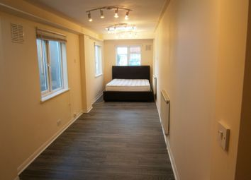 Thumbnail Studio to rent in Eastcote, Greenford