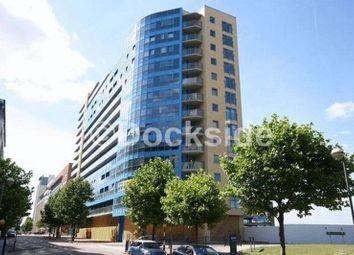 Western Gateway, London E16. 1 bed flat