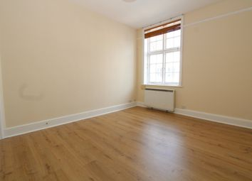 Thumbnail 2 bed flat to rent in Swan Street, Petersfield