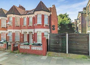 Thumbnail 2 bedroom flat for sale in Woodside Gardens, London