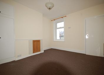 Thumbnail Studio to rent in Windsor Avenue, Blackpool, Lancashire