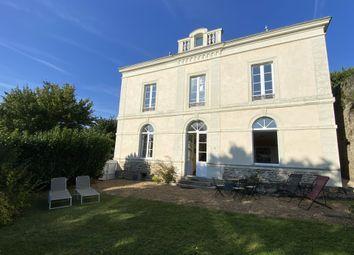 Thumbnail Town house for sale in Sablé-Sur-Sarthe, 72300, France