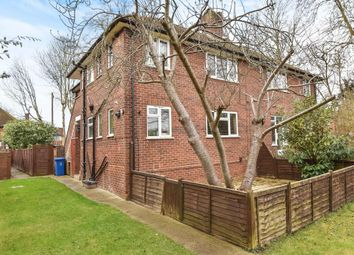 Thumbnail 2 bedroom maisonette to rent in Forlease Road, Maidenhead