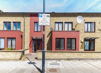 Thumbnail Flat to rent in 3, Villiers Road, Willesden