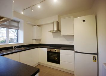 Thumbnail 4 bed flat to rent in Hilldrop Estate, London