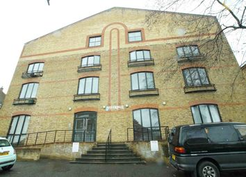 Thumbnail 1 bedroom flat to rent in Silverdale, London