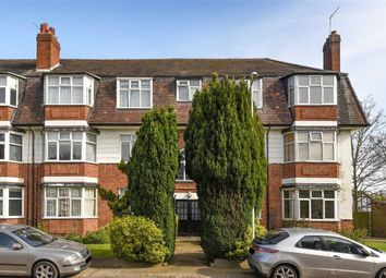 Thumbnail 2 bedroom flat for sale in Avondale Court, South Woodford, London