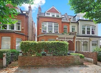 Thumbnail 3 bed flat for sale in Kings Avenue, Muswell Hill, London