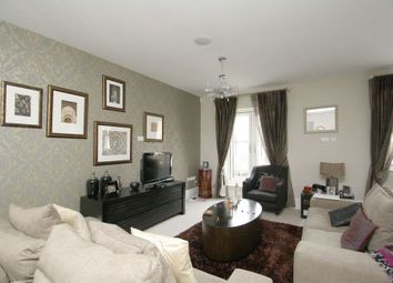 Thumbnail 4 bed town house to rent in Hawtrey Road, Windsor
