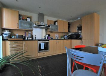 Thumbnail 2 bed flat to rent in Chambers Street, London