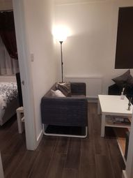 Thumbnail 1 bed flat to rent in Watling Avenue, Edgware